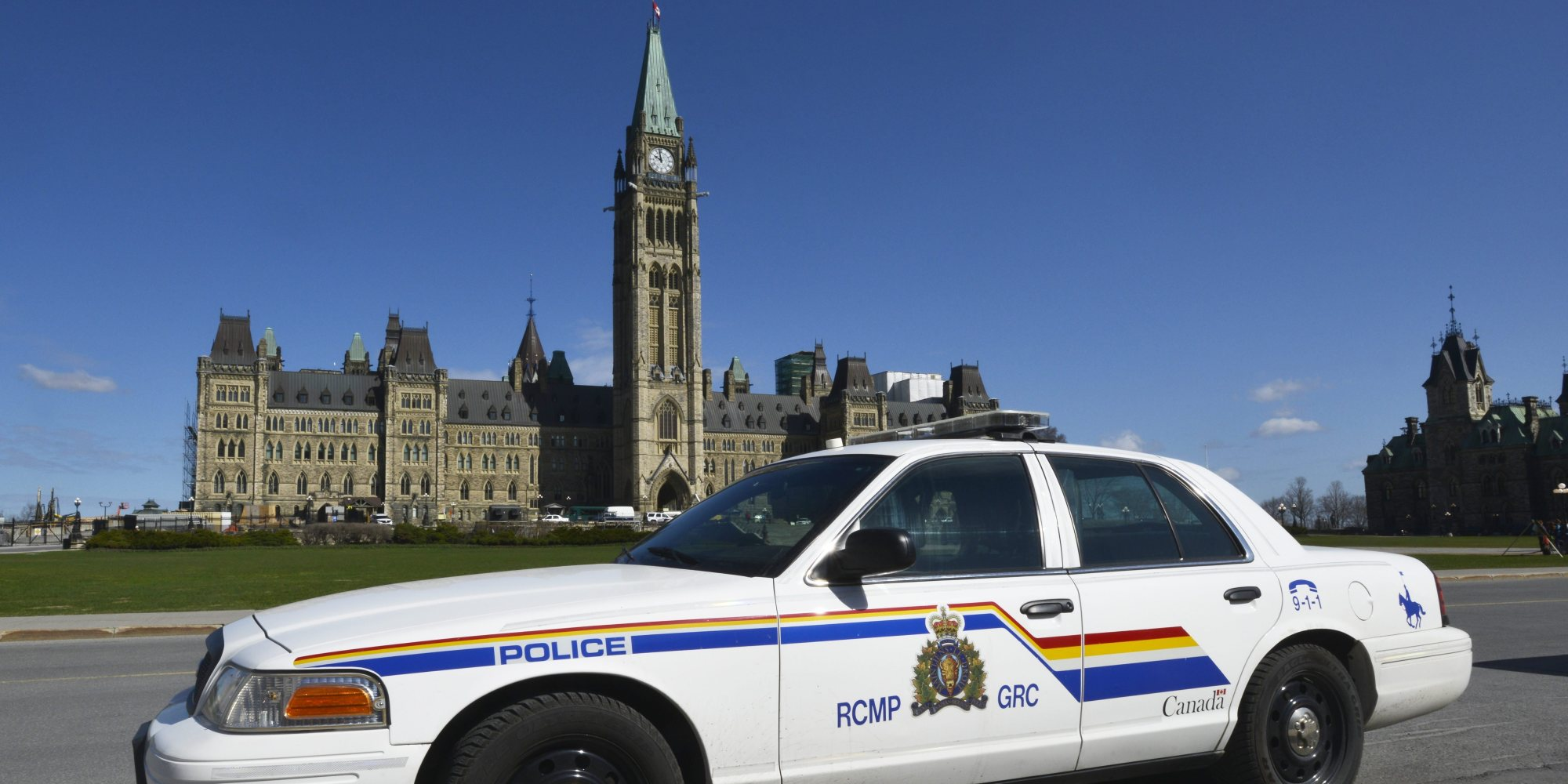 A RCMP cruiser sits parked on Parliament Hill in Ottawa on Tuesday, April 28, 2015. THE CANADIAN PRESS IMAGES/Matthew Usherwood